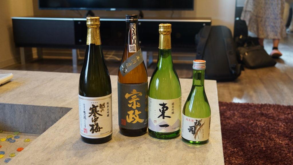 佐賀や新潟、そして北海道と全国各地から持ち寄った日本酒に、釧路の新鮮な素材を使った料理が合いますね♪